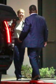 Jennifer Lawrence at her hotel in LA 8