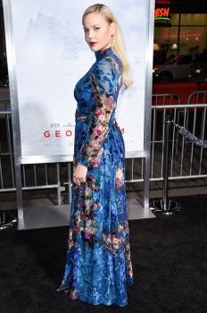 Abbie Cornish  'Geostorm' Premiere in LA 2