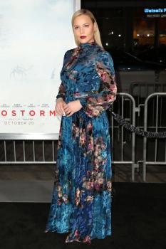 Abbie Cornish  'Geostorm' Premiere in LA 13