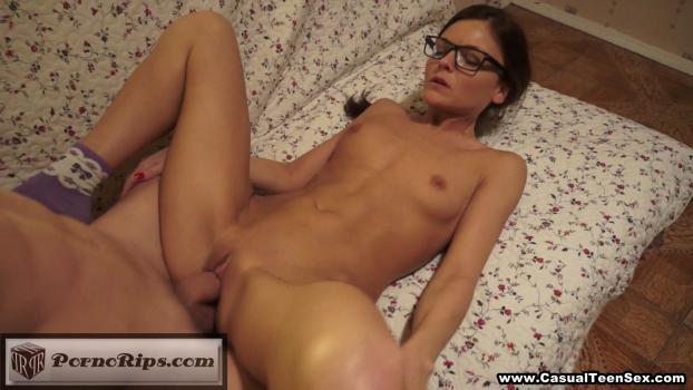 wcts697_cumshot_on_her_nerdy_glasses_00_15_16_00014.jpg