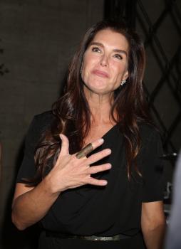 Brooke Shields  The Skin Cancer Foundation's 9