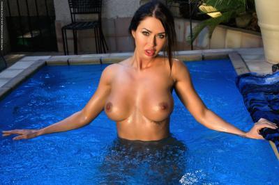 Justyna - Blue Deep